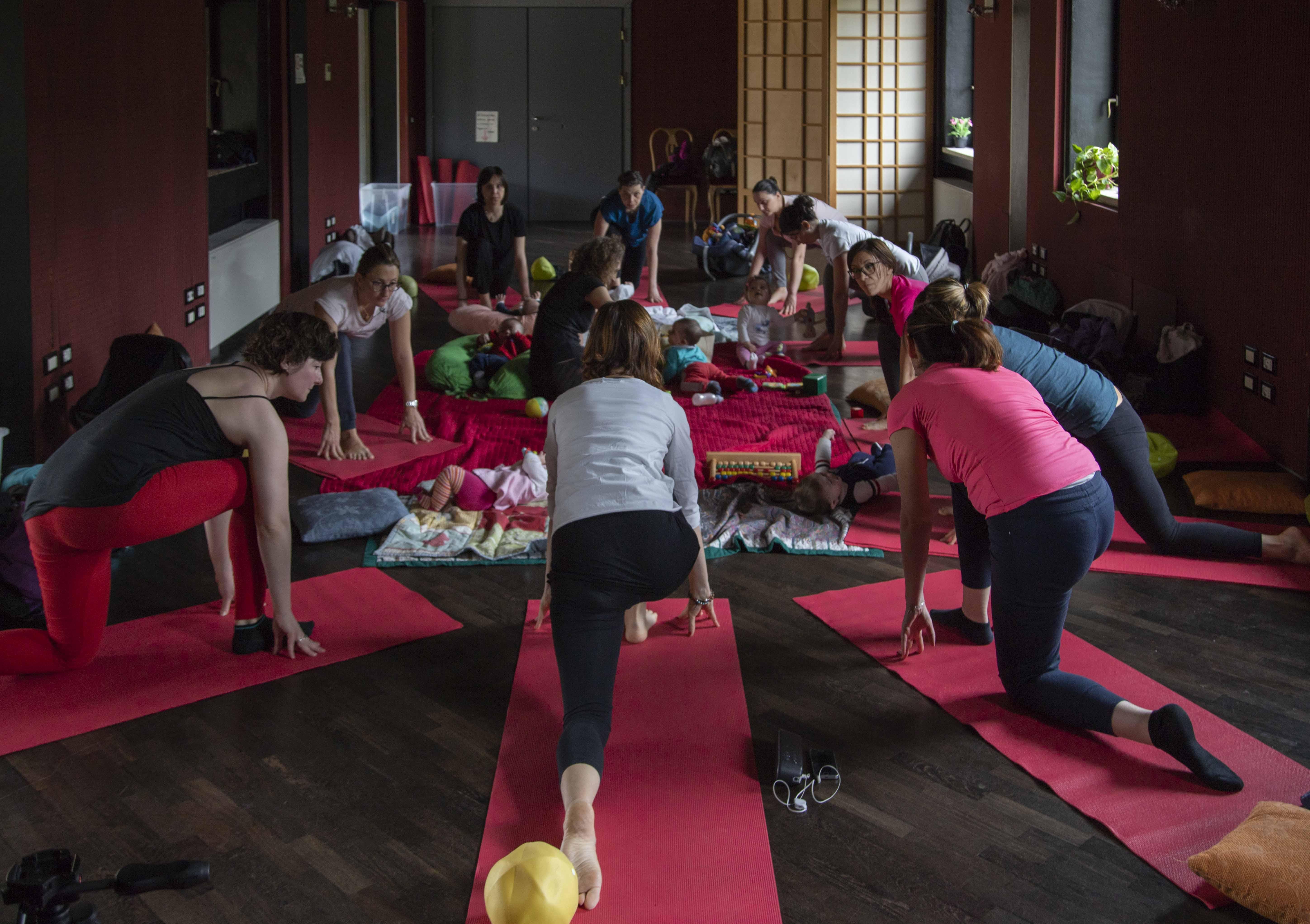 Corso di Yoga post parto